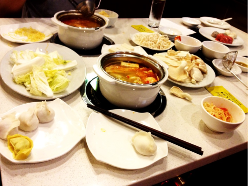 Hot pot @ Gold Leaf. Tom Yum soup base… tasty!!