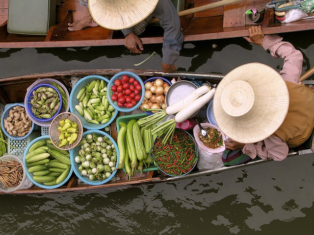 Thailand Floating Market by BestViewedOnBlack on Flickr.