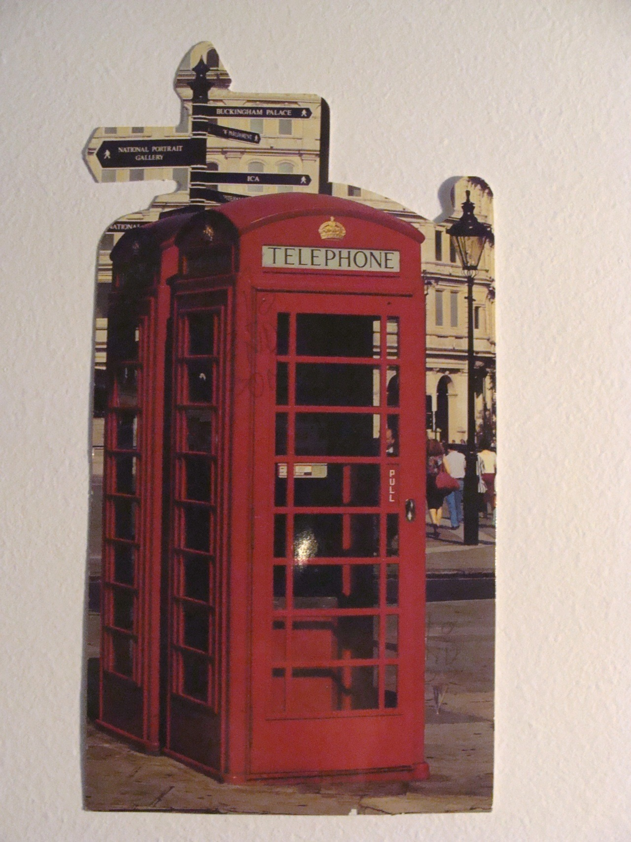 Day 12: Postcard From my aunt when she travelled to London (2003 xD -I collect them…)
