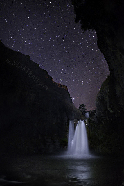 Star Falls by Ben Canales on Flickr.