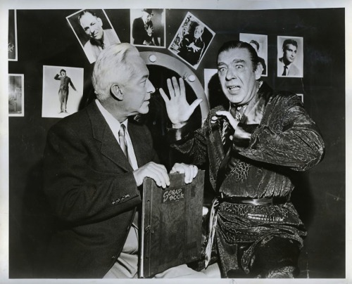 "greggorysshocktheater:  Lon Chaney, Jr. talking about his father The Man Of 1,000 Faces on the television show ""You Asked For It""."
