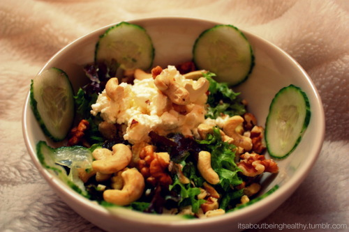 itsaboutbeinghealthy:  Salad with: Chicken Walnuts Cashew Cottage cheese Babybel Cucumber