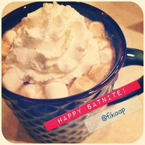 Hot Chocolate with Marshmallow and WhippedCream. Happy Satnite guys! #hotchocolate #marshmallow #whippedcream #satnite #drink #relaxing #homemade #instagood #instadaily #instagram #iphonesia  (Taken with instagram)