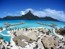 The Intercontinental Resort & Thalasso spa Bora Bora by Pierre Lesage on Flickr.
