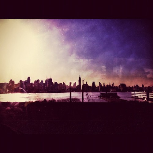NYC skyline - #newyork #nyc #skyline #city #iphone #iphoneography #instagood #instagood #instagramhub  (Taken with instagram)