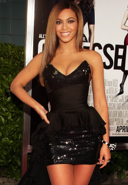 vogue-est-chic:  chanelempire:  you have to reblog the goddess   queen b