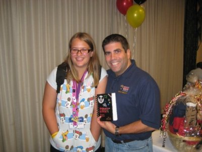 60 days till Walt Disney World!! Back in 2009 at the last MagicMeets on Land, I got to meet the one and only Lou Mongello… He is so great.