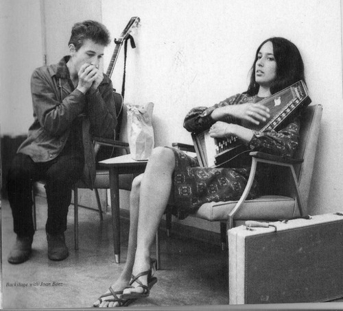 wastednegativespace:  Bob Dylan and Joan Baez