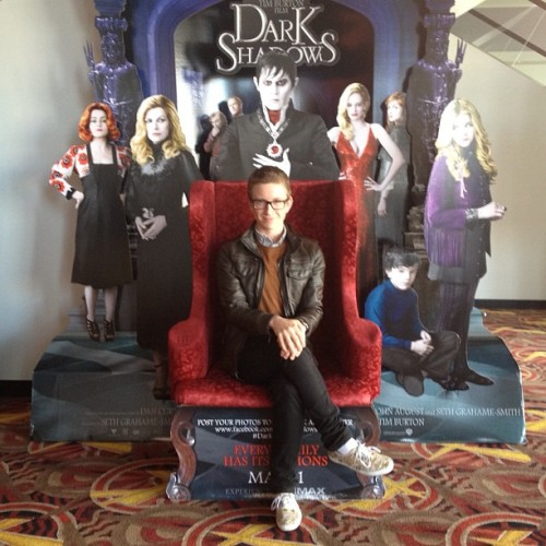 tyleroakley:  Photoshoot realness at the movie theatre! (Taken with instagram)