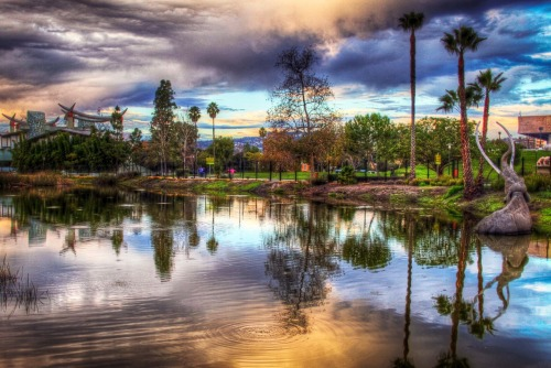 grahamtallman1:  La Brea Tar Pits, LA. Present Day. Taken on my Canon 7D