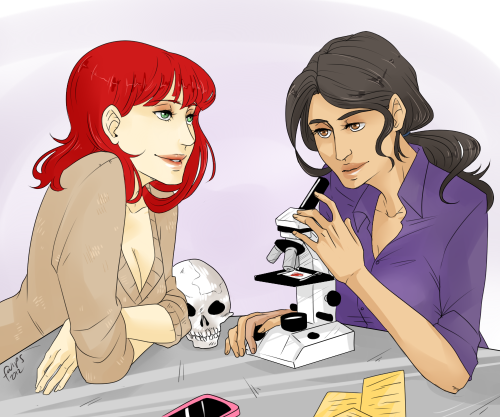 fwips:  Renee Montoya and Kate Kane as Sherlock and Watson, for robowolves! I really hope this is okay! Thank you for commissioning me, darling!  Mmm, fem!lock…