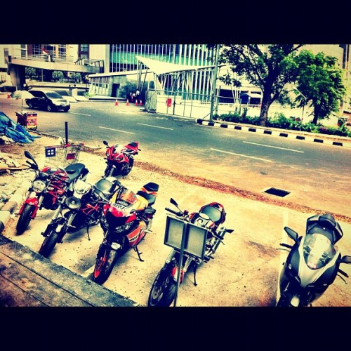 Sunday Ride #cbr600 #cbr1000 #monster #ducati  (Taken with instagram)