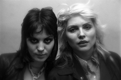 suicideblonde:  Joan Jett and Debbie Harry backstage at the Tower Theatre in Philadelphia in 1978
