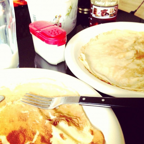 Pannkakas frulle #sunday #pancakes #swedish #iphonesia #jj #instadaily #happy #tasty #milk #sweden  (Taken with instagram)