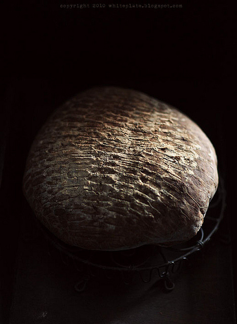 elorablue:  Homemade bread by white.plate on Flickr.