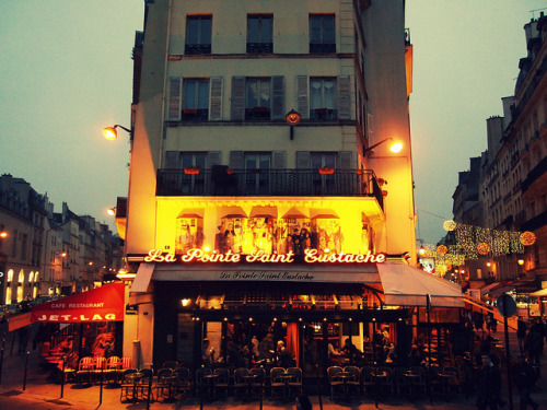 cafesblog:  La Pointe Saint-Eustache, Paris