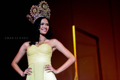 thephotosnapper:  Congratulations to my fellow THOMASIAN Ms. Janine Tugonon - Miss Universe Philippines 2012 :D