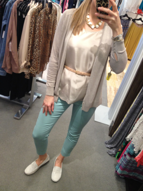 Trying out the mint pant trend thanks to H&M.