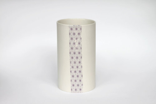 Vase japonisant, par Urban Cartel Japanese-like porcelain vase, by Urban Cartel [Australia]