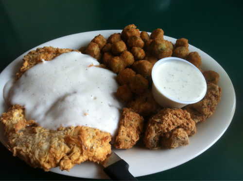 fuckyeahhoustonfood:  Chicken fried steak, fried okra, and fried mushrooms, at the Busy Bee Cafe in Pearland.