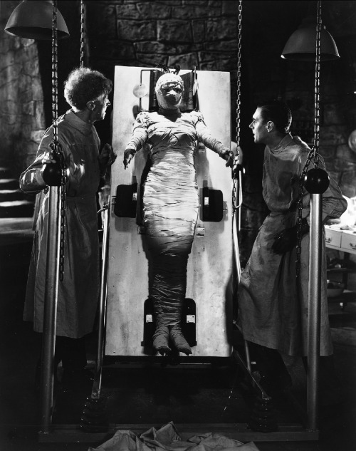arcaneimages:  The Bride of Frankenstein. Via William Forsche Collection.