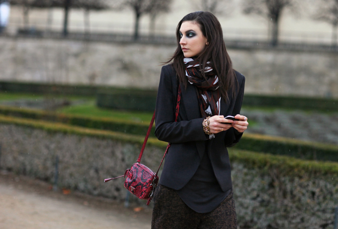 Jac Jablonski Prada Bag Paris Fashion Week Streetstyle
