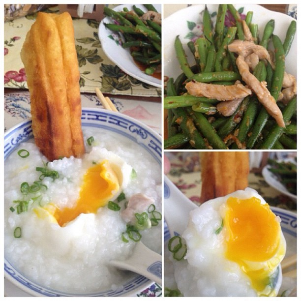A nice Sunday lunch with my #grandma, #pork #congee #softboiled #egg #stirfried #greenbeans #xo #sauce #youtiao  (Taken with instagram)