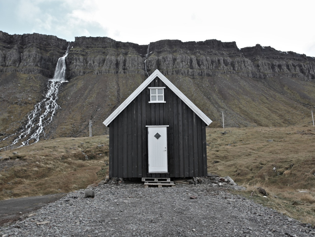 cabinporn:  Cabin in Djúpavík, Iceland. Submitted by Anthony Bacigalupo.