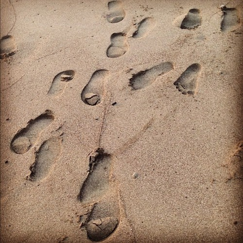 Footprints in the sand. ☀🌊🏊 (Taken with instagram)