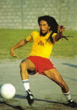 Athletic Bob Marley! Great pic