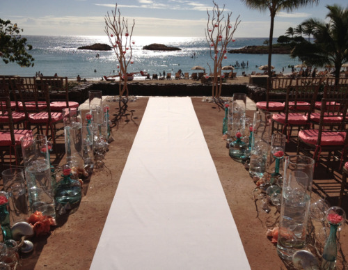 "disneyweddinginspiration:  A Disney Aulani, ""Under the Sea"" inspired wedding! How incredible is the backdrop of the ceremony site? So beautiful! (Photo source: YvonneDesign.com, ""Under the Sea"" wedding)"