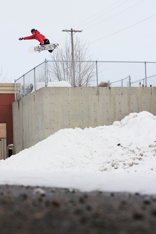 Early season in Calgary.  benngie:  Dale with a proper street method into a conveniently place snow pile.