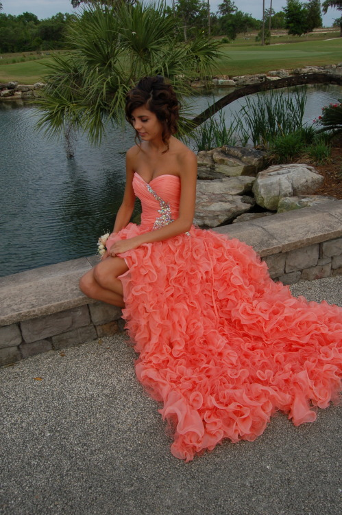 this dress colour is beaaaaaaaaautiful angel xo