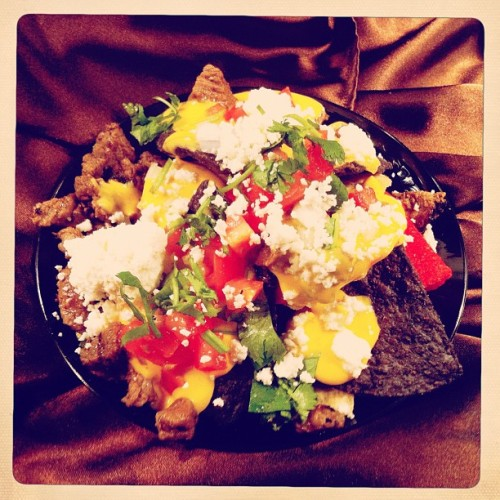 #Karaoke Lounge begins at 9p, I'm eating these nachos & need to write an article #grinding #DIFF  (Taken with Instagram at DIFF 2012 Filmmaker's Lounge)