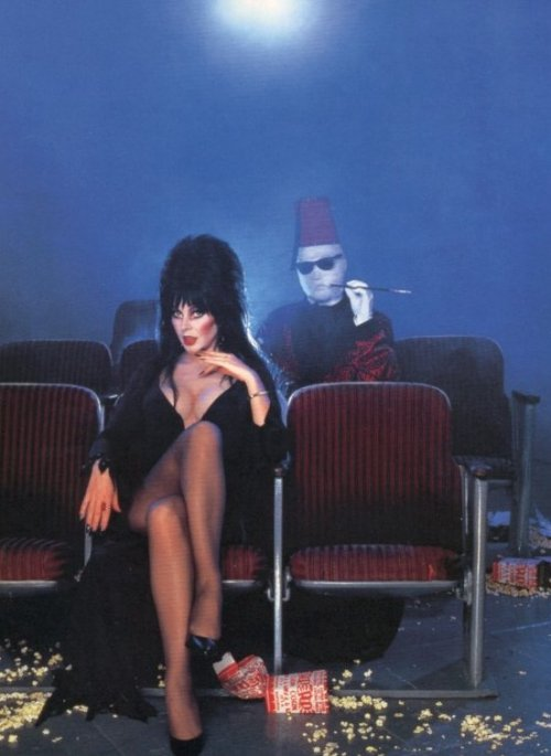 alfred-j-barrera:  Mistress of Darkness- Elvira & The Invisible Man