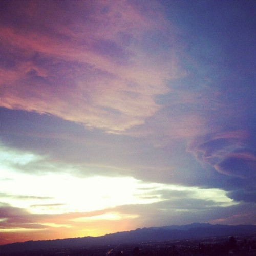 #april #dayfifteen #Sunset #intagram (Taken with instagram)