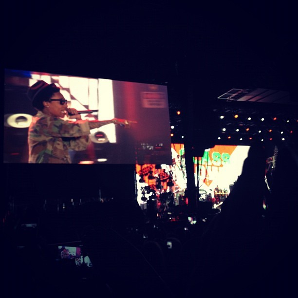 Wiz Khalifa popped up at Dr. Dre & Snoop Dogg #hkncoachella  (Taken with instagram)