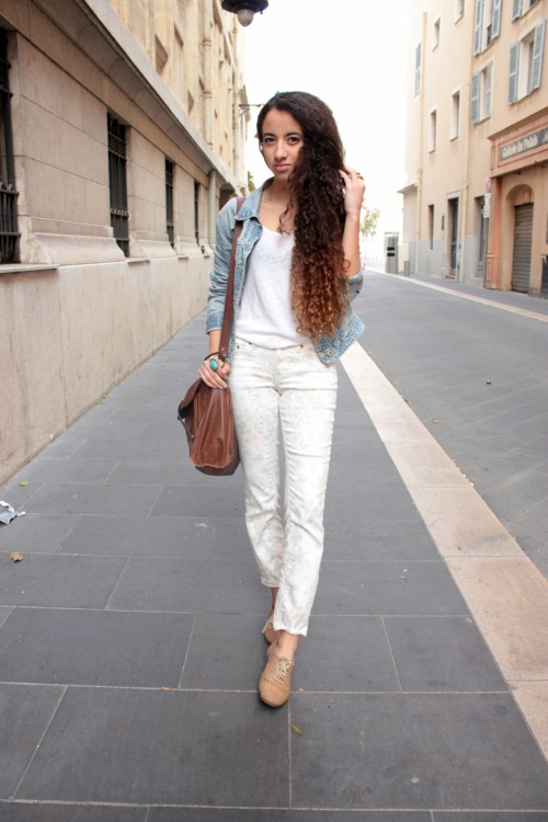 Nesrine from http://fragmentdestyle.blogspot.com.au/ Submit your street style by emailing prettydressesinthelaundry@hotmail.com with your blog URL and photo. Comments