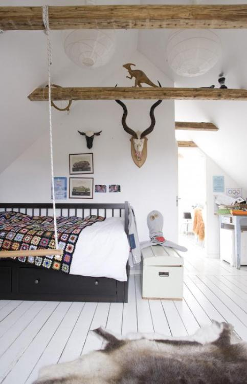 Source: Living Agency Good space for a kids room. I'd kill for a attic space in my house to renovate.