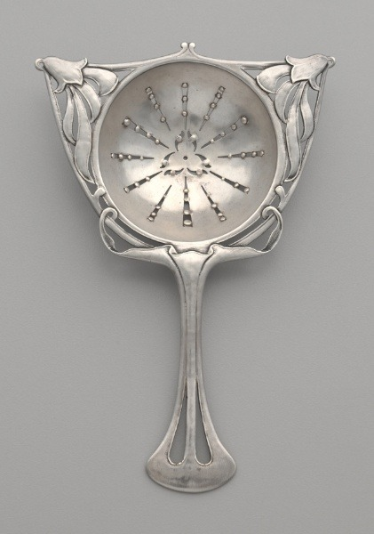 omgthatartifact:  Tea Strainer America, 1910 The Cleveland Museum of Art  I don't own a strainer, so I'd like to have this one please. Thanks, Cleveland.