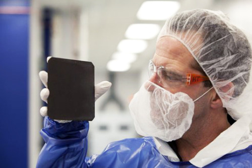 "futurescope:  ""Blackest"" Solar Cell Ever Designed Absorbs 99.7 Percent of All Light   Natcore Technology scientists have created a black silicon solar cell with an average reflectance of 0.3%, making it the ""blackest"" solar cell ever designed. Compared to the most efficient solar cells currently on the market, Natcore's development offers a tenfold decrease in reflectance over the solar spectrum. The result is an increase in energy efficiency that could help solar power compete even more effectively with traditional fossil fuels. […]  [read more] [Natcore]"