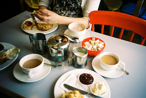 afternoon tea by MrLomo on Flickr.