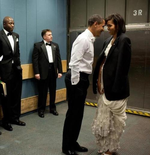 How cute is this photo?It's a behind-the-scenes pic of Michelle Obama and the POTUS, being lovey dovey — and we can't look at our newsfeed without seeing it.Awww! Check out more Here!
