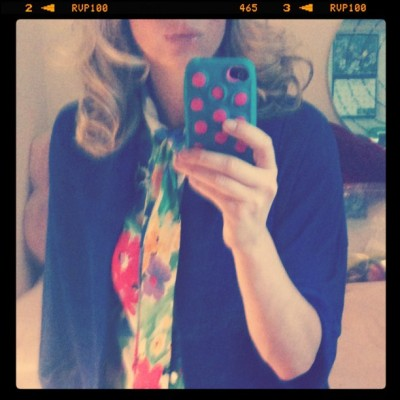 After spending the weekend in the #garden - i decided to wear flower print today:)  (Taken with instagram)