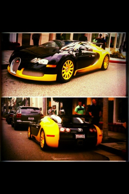#TF fans … U never got this from me .. Did bumblebee get a make-over.? Damn…mobli.com