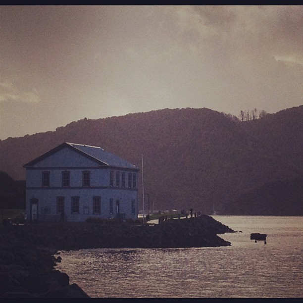 #island #nature #landscape #ocean #water #sky #harbor #building #architecture #arch #design #art #vintage #old #instamood #ig #igsg #sanfrancisco #bay #photosoftheday #picoftheday #popularpic 2012 (Taken with instagram)