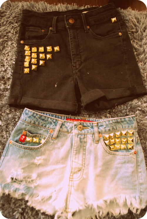 the result of my first #DIY project! Hipster Cut-Offs, Dip Dyed (Bleached) and added Gold studs. Not sure if I'm in love with the studs on the black cut-offs, but i'm going to rock them at least once. Definately a feel-good project. Can't wait for Summer!