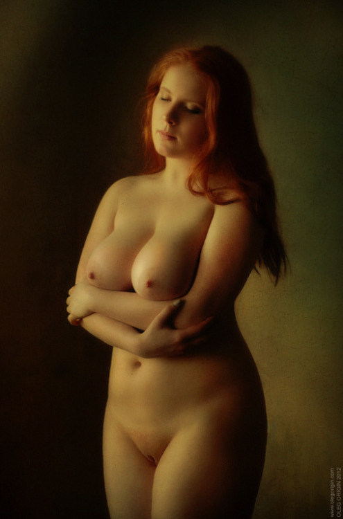 ahumliatedhusband-com:  Here is a dreamy redhead for you to reflect on.
