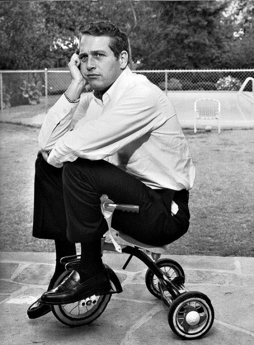 (via Bikes / Paul Newman on a trike.)