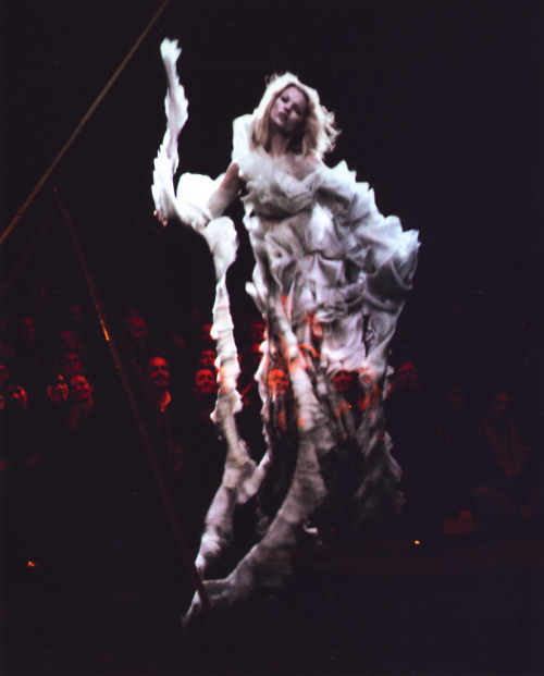 7sobm:  Alexander McQueen. talking about memorable holograms..  7